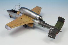 Heinkel He-162 | 1:48 scale