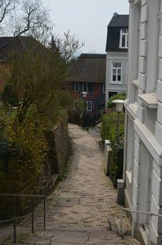 Nicht mehr ganz einer der Hamburg Insider Tipps ist das Treppenviertel in Blankenese.