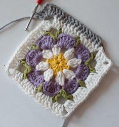 Crochet Applique Patterns Free, Crochet Blocks, Granny Square Crochet Pattern, Crochet Flower Patterns, Crochet Squares, Crochet Motif, Crochet Yarn, Crochet Blanket Patterns, Crochet Afgans