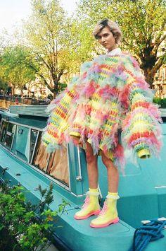 Mode von Sun Choi BA (Hons): Design With Knitwear 2013 - Knitting Ideas Weird Fashion, Fashion Art, High Fashion, Fashion Show, Womens Fashion, Fashion Design, Fashion Trends, Fashion Clothes, Cheap Fashion