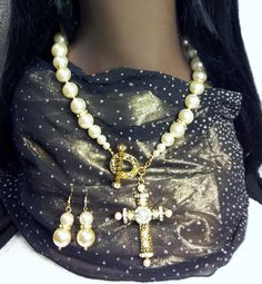 Cross Your Pearls ~SOLD~