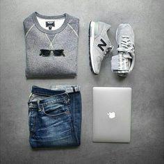 Outfit de domingo con jeans y tenís soy amantes de los tenis los fds. . . . . . . . . . . . ##felizdomingo ##outfitt ##fds ##tbt ##jeans ##instalike #... - Juan Vanegas P.S - Google+