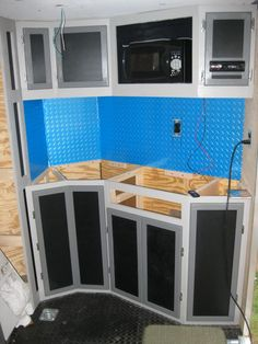 Enclosed Trailer Flooring Ideas Http Homemakerhero Com