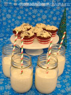 Cupcakes & Milk Party Ideas #Christmas