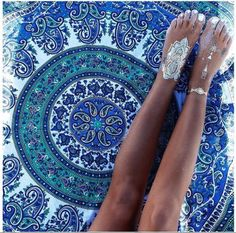 Home accessory: blue green boho bohemian tapestry summer accessories mandala temporary tattoo beach Gypsy Style, Boho Gypsy, Hippie Boho, Boho Style, Boho Chic, Style Pic, Hand Tattoos, Body Tattoos, Gold Tattoo