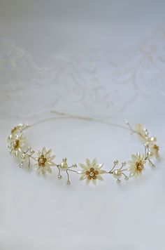 daisy pearl flower crown, pearl hair piece, wedding headpiece, daisy chain vine, gold bridal tiara, tiara headband, bridal headpiece, daisy