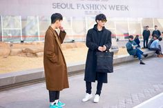 Nicholas from Garbagelapsapbrings us a selection of the best looks photographed in the streets of Seoul during Seoul Fashion Week, in exclusive for Fucking Young!