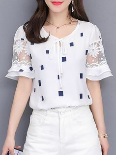 Round Neck Lace Up Patchwork Checkered Blouses - Trendy Outfits Blouse Styles, Blouse Designs, Hijab Styles, Sleeve Designs, Chiffon Shirt, Chiffon Tops, White Chiffon, Casual Outfits, Fashion Outfits