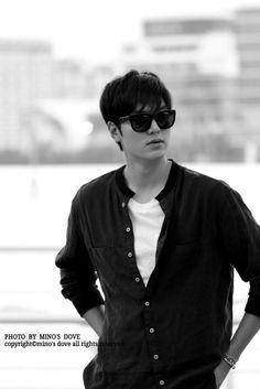 Lee Min Ho airport photo. 9/3/2014.