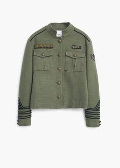 Chaqueta estilo militar - Chaquetas de Mujer | MANGO