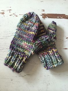 Ravelry: Lightning Fast Mittens pattern by Hill Vintage and Knits