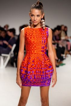 Hasır görünümlü saten elbise