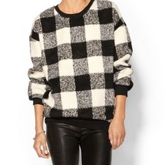 ✨Host Pick✨Express Buffalo Check Sweater Super cozy, 21% wool scoop neck sweater.  It has some slight stretching around the neck.  First photo is a styling suggestion, not actual sweater. Express Sweaters Crew & Scoop Necks