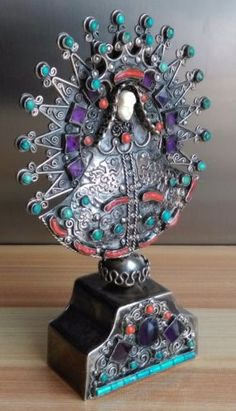 TRES-BELLE-SCULPTURE-EN-ARGENT-de-MATILDE-POULAT-MATL-CORAIL-TURQUOISE-MEXICO South Of The Border, Sculpture, Home Decor, Teal Coral, Objects, Silver, Decoration Home, Room Decor, Sculptures