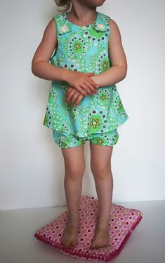 Free downloadable pattern. Super easy baby/toddler dress!! Enjoy!