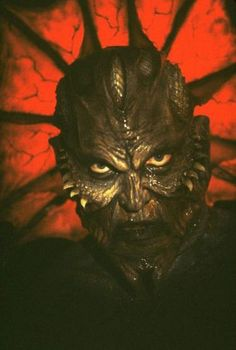 """Jonathan Breck Authentic Signed Photo Jeepers Creepers """"The Creeper"""" JSA COA DESCRIPTION: Item was signed with a Blue marker. Item comes with a James Spence Authentication hologram on item as well as matching JSA card. Jeepers Creepers, Horror Icons, Horror Films, Horror Movie Characters, Horror Villains, Horror Show, Real Horror, Satanic Art, Horror Pictures"""