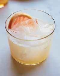 The Palomaesque Cocktail Recipe on Food & Wine 1 ounce smoky mezcal, like Del Maguey Vida Mezcal 1 1/2 teaspoons honey 1 1/2 ounces Cocchi Americano (Italian aperitif wine) 1 ounce fresh grapefruit juice 1/2 ounce fresh lime juice Pinch of salt Ice 1 1/2 ounces seltzer 1/2 grapefruit wheel