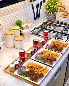 Best Beef Recipes, Cooking Recipes, Easy Party Food, Food Displays, Food Platters, Food Decoration, Aesthetic Food, Food Cravings, Food Presentation