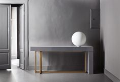 Design console tabel| a modern console table for a minimal decor | http://bocadolobo.com #consoletables #modernconsoletables