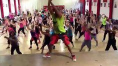 Ricardo Rodrigues • Zumba Fitness • My Jam • Mr. Vegas ft Pitbull Zumba Videos, Workout Videos, Zumba Instructor, Youtube Workout, My Jam, Zumba Fitness, Dance Fitness, Healthy Exercise, Sweat It Out