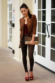 fashion, outfit, leopard denim, python print clutch, reiss fringe jacket,