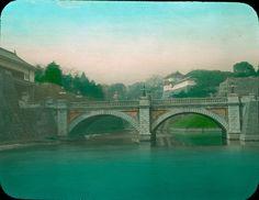 Токио. Императорский дворец с мостом Нидзюбаси