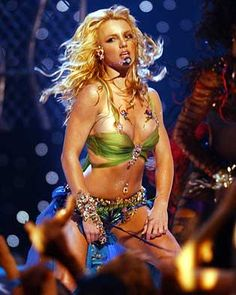 See Britney Spears pictures, photo shoots, and listen online to the latest music. Britney Spears Now, Britney Spears Pictures, Fitness Inspiration Body, Britney Jean, Mtv Video Music Award, Living Legends, Her Music, Celebs, Celebrities