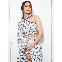 Rakul Preet Singh Is Winning Out Hearts With Her Beautiful Promotional Appearance For Upcoming Movie - HungryBoo Indian Film Actress, South Indian Actress, Indian Actresses, South Actress, Tamil Actress, Bollywood Actress Hot Photos, Bollywood Fashion, Chanya Choli, Russian Women For Marriage