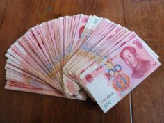Secrets to saving money while studying abroad - banking abroad
