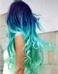 Dark blue to green hair chalk