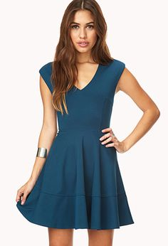 Sophisticated Fit  Flare Dress | FOREVER21 - 2000140193---- since I know mom will want to take me out for a birthday dinner :)