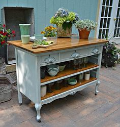 New kitchen storage island old dressers ideas Refurbished Furniture, Repurposed Furniture, Furniture Makeover, Painted Furniture, Dresser Repurposed, Metal Furniture, Chair Makeover, Furniture Projects, Diy Furniture