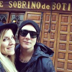 Synyster Gates y Michelle Dibenedetto en Madrid (2013)