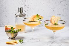 Golden Apple - Rezepte | fooby.ch Cocktails, Drinks, Golden Apple, Tableware, Food, Gifts, Etsy, Good To Know, Simple