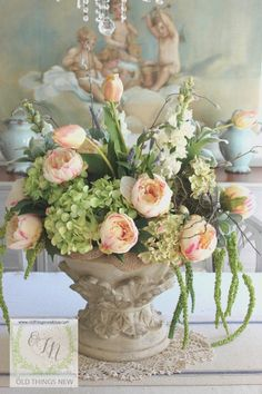 beautiful floral arrangement with tulips and hydrangea Easter Flower Arrangements, Beautiful Flower Arrangements, Floral Arrangements, Beautiful Flowers, Exotic Flowers, Silk Flowers, Spring Flowers, Flowers Garden, Cut Flowers