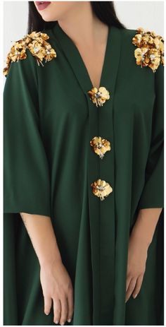 FAAL Caftan YAID young Arab independent designer Embroidery On Clothes, Pakistani Couture, Abaya Fashion, Abayas, Designer Wear, African Fashion, Kimono, Girls Dresses, Different Dresses