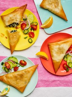 Small, tasty filo pastry parcels that are filled with spinach, cheese and a hint of Indian flavours - great as a snack or side dish. Vegetable Recipes, Vegetarian Recipes, Snack Recipes, Healthy Recipes, Nutritious Snacks, Easy Snacks, Easy Weekday Meals, Easy Meals, Masala Curry