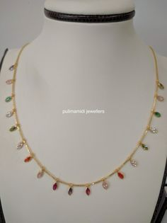 Tips On Choosing Beautiful Jewelry To Enhance Your Personal Style Gold Necklace Simple, Gold Jewelry Simple, Delicate Jewelry, Trendy Jewelry, Delicate Necklaces, Gold Earrings Designs, Gold Jewellery Design, Jewelry Patterns, Jewelry Ideas
