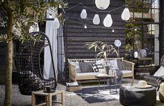 Buitenterras ingericht met meubels en accessoires | outdoor living | Serax
