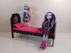 Monster High Furniture - 1:6 Scale (Playscale) Dorm Bed UNASSEMBLED, UNFINISHED | eBay