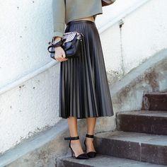 Пу искусственная кожа юбка в складку миди длиной макси высокая талия старинные черные женщины дамы женский наряд вспышки слоеного saia зима 2014 новый