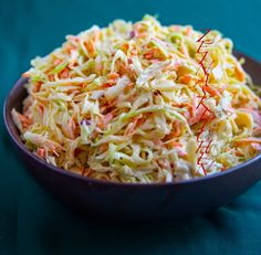 Coleslaw - ZEINAS KITCHEN Coleslaw, Vegetarian Recipes, Cooking Recipes, Healthy Recipes, 300 Calorie Lunches, Good Food, Yummy Food, Zeina, Salads