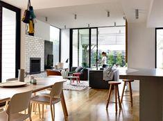 Stylish Modern Sandringham House With Energetic Interiors | DigsDigs