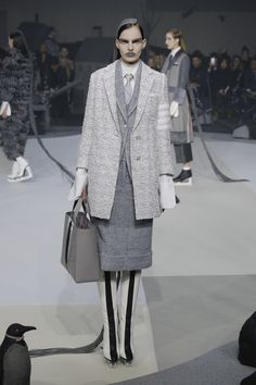 Thom Browne   Ready-to-Wear - Autumn 2017   Look 4
