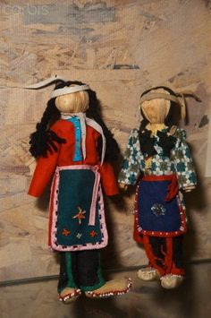 Two Iroquois Cornhusk Dolls:On display at the Tuscarora NA Museum, NY