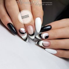 Black and white nail polish ideas on Kathy Now. Thousands of nail art ideas. Bling Nails, Stiletto Nails, My Nails, Colorful Nail Designs, Nail Art Designs, Black And White Nail Art, Nagel Bling, Manicure, Gel Nagel Design