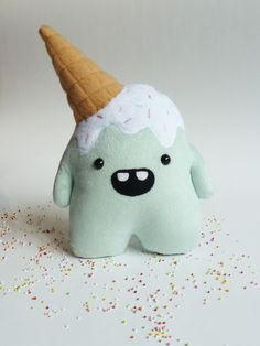 Plush monster toy – Stuffed cuddly toy – plush monster toy – Ice cream – stuffed monster – Plushie – Softie – Whoops the clumsy monster Whoops the clumsy but cute mint plüsch Monster von CreepyandCute auf Etsy Softies, Plushies, Monster Toys, Monster Party, Ice Monster, Monster High, Anniversaire Elmo, Baby Toys, Kids Toys