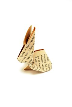 PAPER OBJECTS - Alix Bigois-Jeambrun - This site does not carry a tutorial; however, with the YouTube tutorial, a book page rabbit can easily be made. Super cute!
