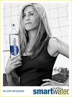 Jennifer Aniston: New smartwater Ads!