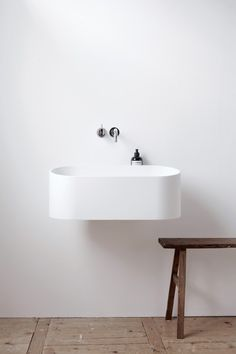 The 'Fuse' basin by Dutch bathroom designers B.V is a floating wall mounted ceramic basin - perfect for the minimalists out there, or for those of you with a smaller bathroom where space is limited. A beautiful design making it worthy of our this week 💫 Bad Inspiration, Bathroom Inspiration, Interior Inspiration, Laundry In Bathroom, Small Bathroom, White Bathroom, Bathroom Ideas, Bathroom Styling, Bathroom Designs